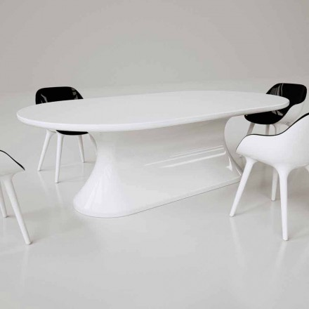 Confortable Modern Design Table Made in Italy
