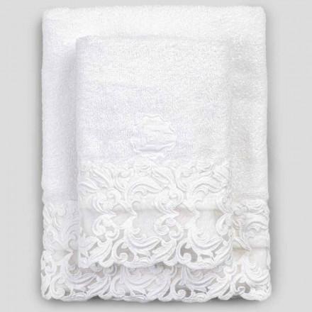 Witte katoenen badstofhanddoeken met kant, 2 stuks Italiaanse luxe - Sposi