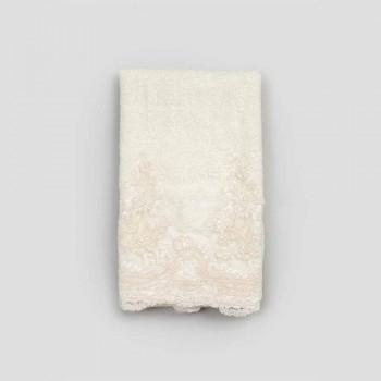 Gastendoekje van een mix van badstof, katoen en linnen met kant - Ginova