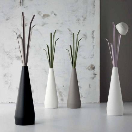 Bonaldo Kadou polyethyleen en stalen design kleerhanger gemaakt in Italië