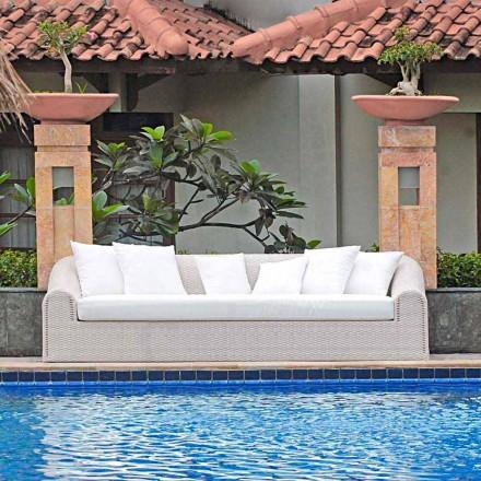 Garden sofa door het grote handgeweven Cooper