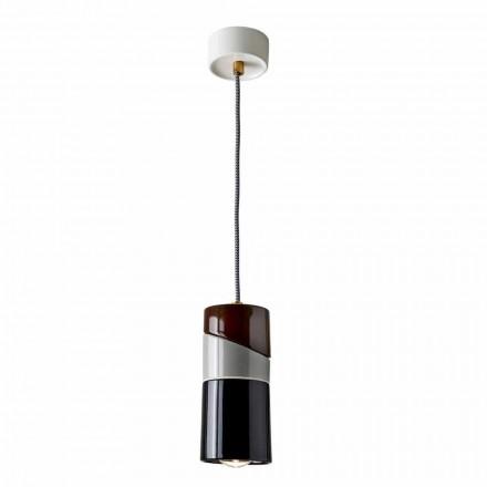 Hanglamp in messing en modern gekleurd keramiek gemaakt in Italië Azië