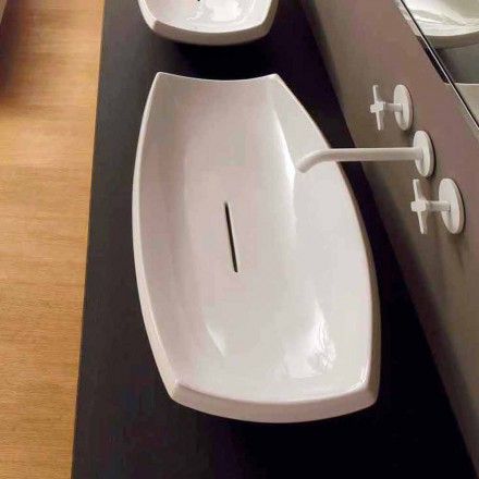 Witte keramische wastafel met modern design gemaakt in Italië Laura