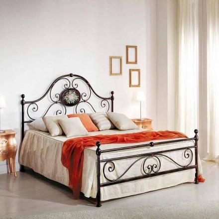 Dubbel bed met smeedijzeren ontwerp gemaakt Alexa