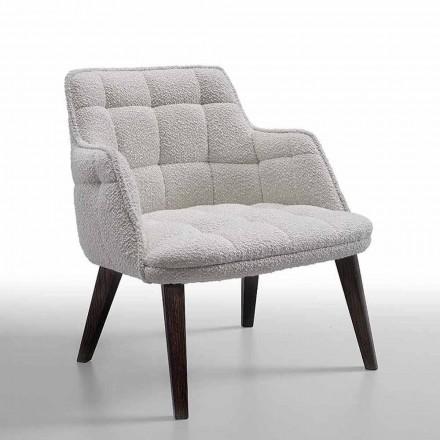 Luxe fauteuil bekleed met stof met houten poten Made in Italy - Clera