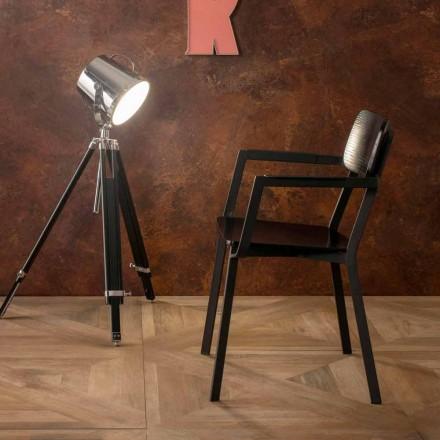 Elmas fauteuil met modern design in hout en metaal