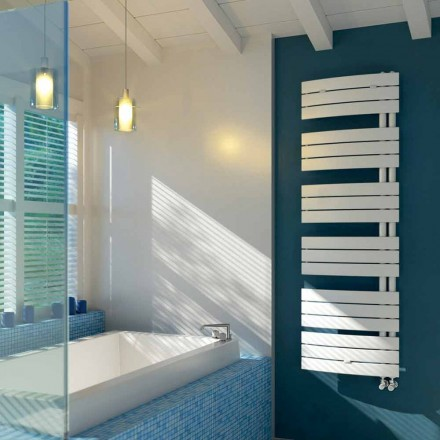 elektrische ontwerp handdoek in witte Sail Scirocco H staal