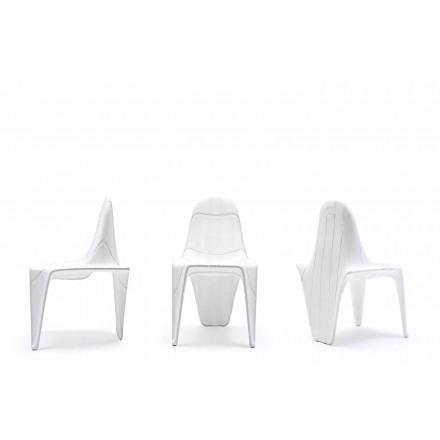 Moderne buitenstoel F3 van Vondom, gemaakt met polyethyleen