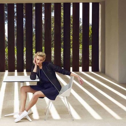 Moderne stoel Faz van Vondom, gemaakt van polypropyleen en polycarbonaat