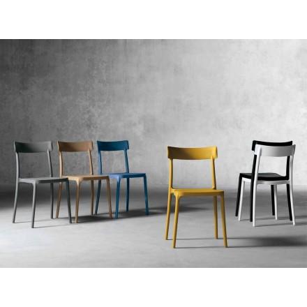 Outdoor / indoor design stoel gemaakt van polypropyleen gemaakt in Italië Peia