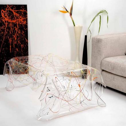 Moderne tafel gemaakt van veelkleurige plexiglas gemaakt in Italië, Azië
