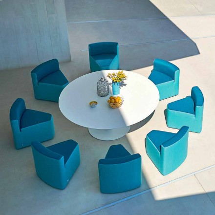 Varaschin Big In & Out-tuintafel + 8 modern vormgegeven fauteuils